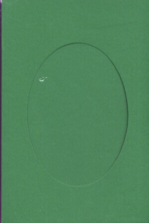 Small Green Aperture Window Card - Oval Opening