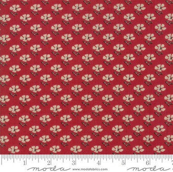 French General La Vie En Rouge Les Fleurs Fat Quarter