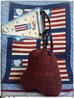 1776 Pennant & Embroidered Bell - Cross Stitch Pattern