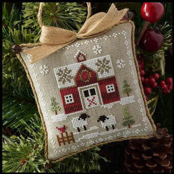 Little Red Barn - Farmhouse Christmas 1