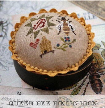 Queen Bee Pincushion - Cross Stitch Pattern