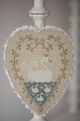Coeur De Cygne - Cross Stitch Pattern