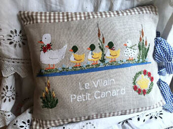 Le Vilain Petite Canard - Cross Stitch Pattern