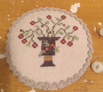 Pinwheel Pin Cushion - Cross Stitch Pattern