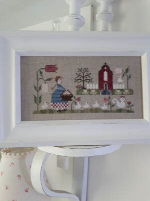Mere Poule (Mother Hen) - Cross Stitch Pattern
