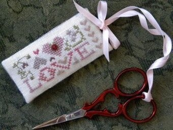 Love Scissors Tag - Cross Stitch Pattern