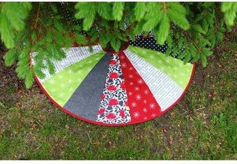 Christmas Tree Skirt Patterns.Christmas Tree Skirt 40 Quilt As You Go Pattern