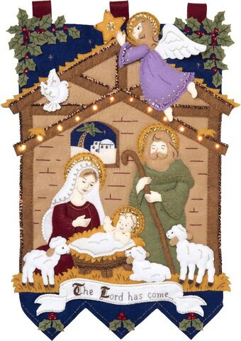 Away In The Manger with LEDs Wall Hanging - Felt Applique