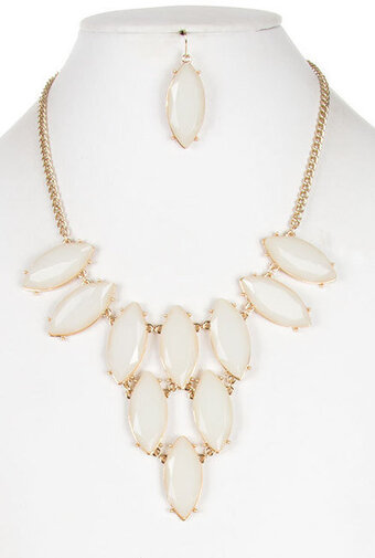 Beautiful Marquise Cut Jewel Necklace Set - Ivory