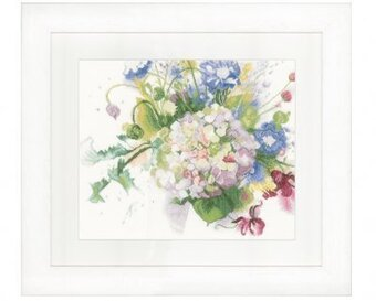 Hortencia (Hydrangea) - Cross Stitch Kit