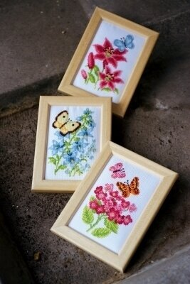 Flowers & Butterflies - Miniature - Cross Stitch Kit