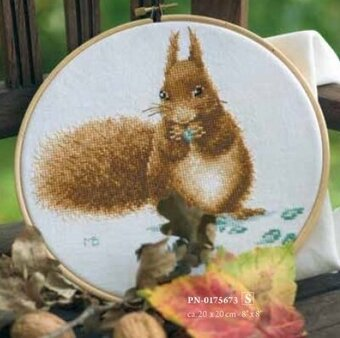 Squirrel - Cross Stitch Kit
