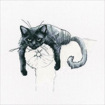 Among Black Cats 3 - Cross Stitch Kit