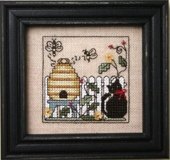 Itty Bitty Kitty & the Honeybees - Cross Stitch Pattern