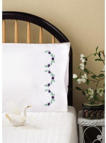 Lilac Scallop Pillowcase Pair - Stamped Embroidery Kit