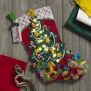 Christmas Tree Surprise with Lights Felt Applique Kit